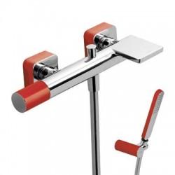 Monomando de baño ducha LOFT-TRES con maneta caño cascada rojo cromado Ref: 20017001RO . Tres