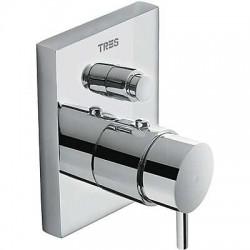Mezclador de ducha TRESMOSTATIC COMPACT empotrado con cierre y regulación de caudal cromado . Tres