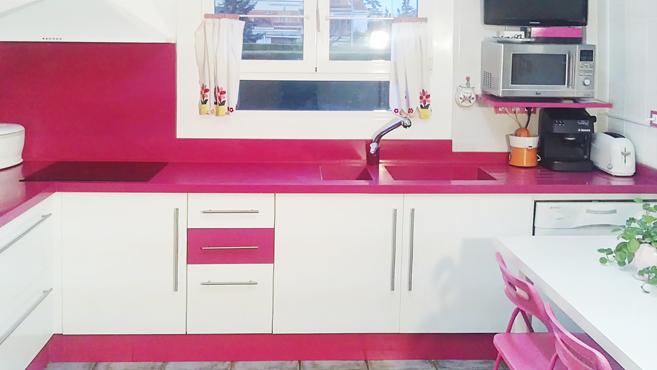 Y por qu no un fregadero rosa complementos para for Cocinas de color rosa
