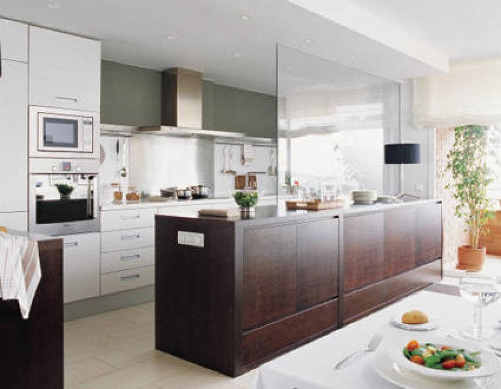 Decoraci n de cocinas separar la cocina del sal n - Isletas de cocina ...